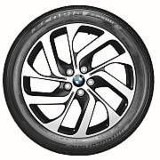 Alle BMW i3 werden serienmäßig mit Bridgestone-Reifen ausgeliefert.