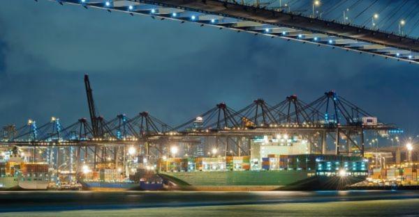 Bei fehlenden Zertifikaten hält der chinesische Zoll die Ware fest und es entstehen zusätzliche Kosten- und Zeitaufwendungen sowie Lieferverzögerungen.