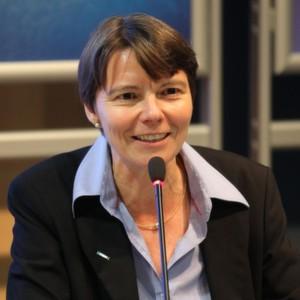 Frau Prof. Dr. Eckert ist Leiterin des Fachgebiets 'Sicherheit in der Informatik' an der TU München und Leiterin des Fraunhofer-Instituts AISEC