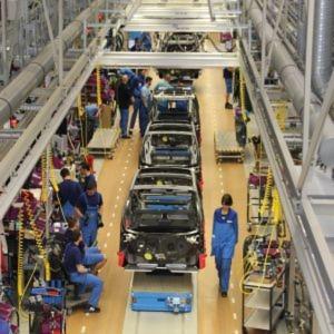 BMW baut in Leipzig das Elektroauto i3 und setzt auch in den Logistikprozessen neue, nachhaltige Standards.
