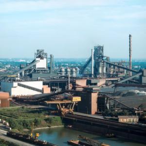 Das Kohlendioxid aus Stahlwerken soll künftig nicht an die Umwelt abgegeben, sondern als Rohstoff genutzt werden.
