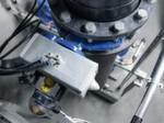 Leise Pneumatik statt lauter Elektroantriebe: Schwenkantriebe öffnen und schließen die PE-Rohre nahezu geräuschlos.