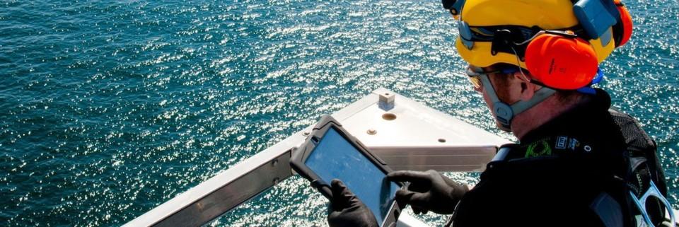 Ein automatisiertes Brandmelde- und Löschsystem sorgt bei Offshore-Windkraftanlagen für mehr Sicherheit.
