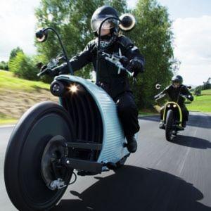 Das neue strombetriebene Zweiradkonzept Johammer J1 polarisiert durch sein Äußeres. Doch was steckt wirklich in ihm?