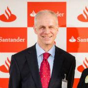 Ulrich Leuschner, Vorstandsvorsitzender der Santander Consumer Bank AG, bat Vertreter aus Wirtschaft und Politik zum Wirtschaftsdialog.