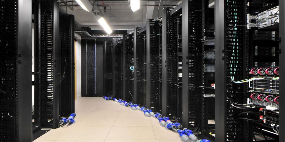 Die Cloud als Erweiterung des internen Rechenzentrums: Bridges, Gateways und Brokers als Voraussetzung für eine funktionierende hybride Cloud-Infrastruktur.