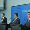 Innenminister de Maizière plant Strategie für die digitale Verwaltung