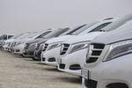 Mercedes spendiert der Großraumlimousine viel Luxus im Innenraum und modernere Pkw-Technik.