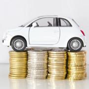 Kraftstoffpreise dämpfen Autokosten-Anstieg