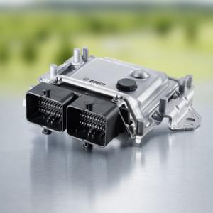 Steuergerät für Brennstoffzellensysteme von Off-Highway-Fahrzeugen: Zur Steuerung von Brennstoffzellensystemen von Gepäckschleppern und weiteren Off-Highway-Anwendungen bietet die Bosch Engineering GmbH künftig ein Steuergerät auf Basis von erprobter Bosch-Großserien-Hardware.