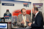 """Das """"Spray-Max""""-Konzept von Kwasny richtet sich an klassische Kfz-Werkstätten wie auch professionelle Lackierbetriebe. Die Spraydose, die auch in 2-K-Ausführung sowie als individuell mit Mischlack befüllbare Leerdose erhältlich ist, bietet dem Anwender deutliche Zeit- und Materialeinsparungen und somit Kostenvorteile."""