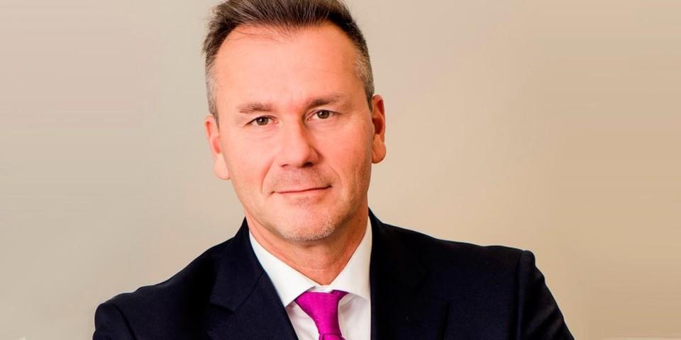 """Robert-Half-Manager Sven Hennige: """"Über alle Branchen und Unternehmensgrößen hinweg ziehen die Gehälter für IT-Profis im Vergleich zum Vorjahr an."""""""