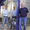 Wie Doppelmembranpumpen die Klebstoffproduktion antreiben