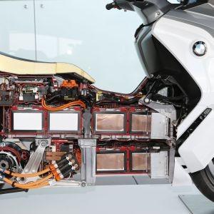 BMW C Evolution: Der elektrisierende Bahnbrecher