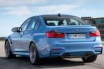 """Der Spurt von 0 auf 100 km/h """"dauert"""" 4,3 Sekunden, mit Doppelkupplungsgetriebe nur 4,1 Sekunden. Schluss ist erst bei abgeregelten 250 km/h oder 280 km/h. Laut BMW wären offen mehr als 300 km/h möglich."""
