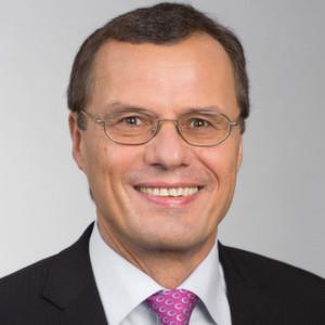 """""""Unser Ziel, zum Wohle der Patienten Medikamente zu erforschen, zu entwickeln und sicher herzustellen, verfolgen wir konsequent weiter"""", sagte Dr. Klaus Jelich, Standortleiter Health Care in Wuppertal vor Journalisten."""