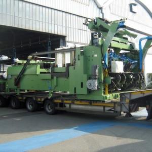Abnahme der Fertigungsanlage in Bergamo: Für den Transport nach Raesfeld waren vier Lastwagen erforderlich.