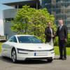Volkswagen liefert ersten XL1 aus