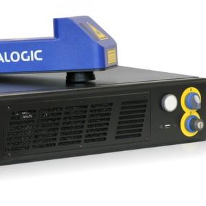 Der Lasermarkierer präsentiert sich in neuem Steuerungsrack-Design.