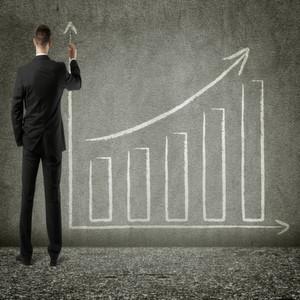 Hauptgründe für die anhaltende Umsatz- und Gewinnschwäche der großen Pharmakonzerne sind sinkende Produktpreise, Kostendruck und eine stagnierende Nachfrage in den angestammten Märkten sowie die zunehmende Konkurrenz durch billige Nachahmerprodukte.