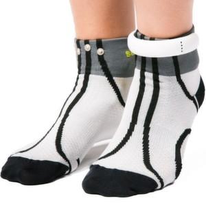 Die Sensoria-Fitnesssocken sind mit einem Knöchelring ausgestattet, der über ein Bluetooth-Funkmodul verfügt.