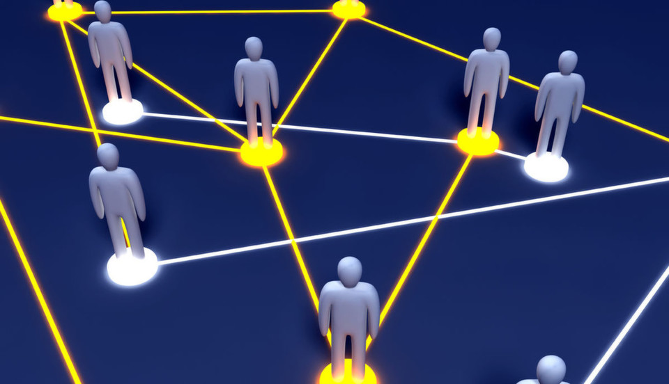 Graph-Datenbanken bilden nicht nur effizient soziale Beziehungen ab, sondern ermöglichen auch ein effizientes Verwalten von IT-Berechtigungen.