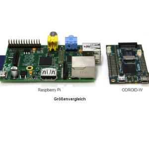 Größenvergleich: Raspberry Pi Modell B (links) und Odroid W