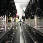 In diesem Jahr hat die Top-100-Jury Roche PVT in der Größenklasse B zum Innovator des Jahres 2014 gewählt. Die Spezialistin für Laborautomatisierungen will mit ihren 185 Mitarbeitern Laborlösungen vereinfachen und beschleunigen, das Infektionsrisiko für Labormitarbeiter reduzieren und die Sicherheit bei der Probenanalyse erhöhen.