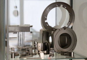 Seit 25 Jahren entstehen bei der Distec AG «Ideen in Metall und Kunststoff» mit höchster Präzision und Qualität. Hier eine Auswahl an Dreh- und Frästeilen.