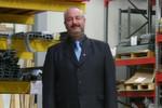 """Frank Homburg, Geschäftsführer Gewe Lagertec: """"Im Mittelpunkt stehen die heutigen Möglichkeiten der Reifeneinlagerung. Uns geht es dabei um die bestmögliche Raumausnutzung der Flächen bei gleichzeitig einfacher und schneller Ein- und Auslagerung, die auch die ergonomischen Anforderungen der Mitarbeiter berücksichtigt."""""""