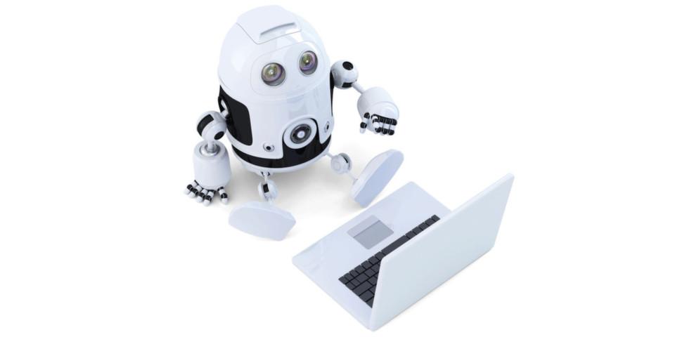 Angestellte im Öffentlichen Sektor gehen davon aus, in Zukunft auch mit Tisch-Robotern zu arbeiten.