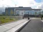 Von der Außenwelt völlig abgeschirmt: das Microsoft-Rechenzentrum am Standort Dublin versorgt Kunden in Europa, dem Mittleren Osten und Afrika mit Cloud-Services.