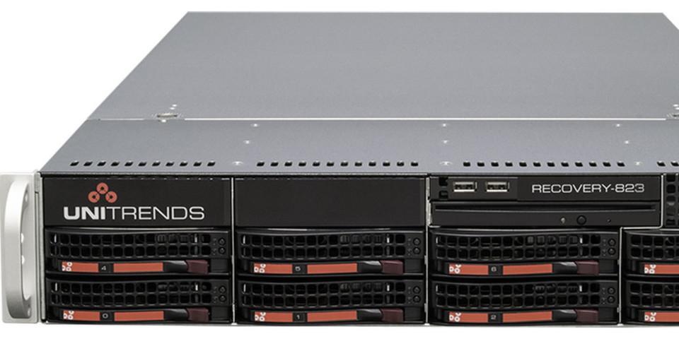 Backup- und Archivierungsappliance Recovery-823 mit Bit-Level Deduplizierung.