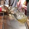 Mit Wiesn-Bierpipeline 1.200 Maß pro Stunde ausschenken