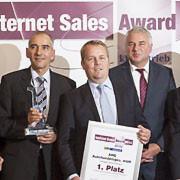 Holten Platz eins des Internet Sales Awards 2014: die Onlineprofis des Standorts Villingen-Schwennigen der AHG-Gruppe.