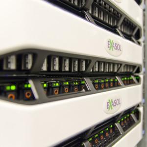 Exasol erzielte gemeinsam mit Dell beim TPC-H-Benchmark beeindruckende Ergebnisse.