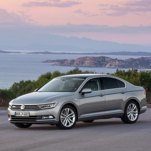 VW-Fahrer sind deutlich optimistischer hinsichtlich der Bewältigung des Abgas-Affäre als der Rest der Autobesitzer in Deutschland.