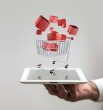 Marketing à la Google und Amazon: Die klassische Art der Neukundengewinnung via Anzeigen oder Direktmarketing existiert kaum noch, alles zielt auf SEO, Pay per Click, soziale Netzwerke, assoziatives Marketing, etc. ab.