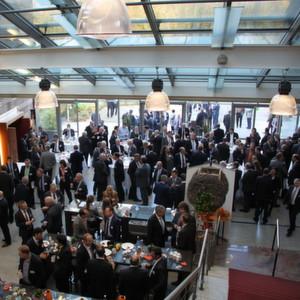Auf der Namur-Hauptsitzung in Bad Neuenahr trifft sich die deutschsprachige Automatisierungsbranche und sucht gemeinsam nach Lösungen für aktuelle Probleme und die Zukunft.