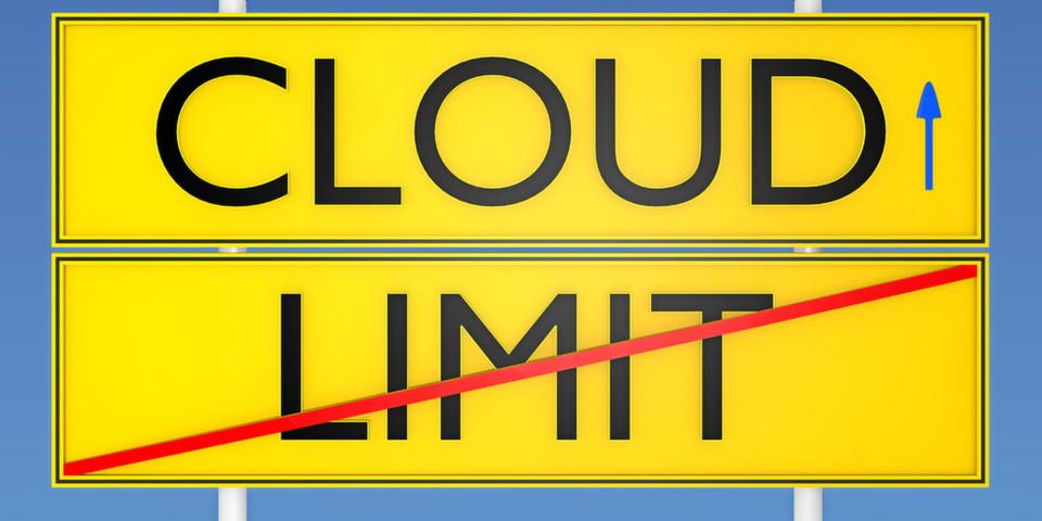 Um Hybrid Clouds schnell einzuführen, verzichten viele Kunden oft auf die Möglichkeit, zwischen verschiedenen Cloud-Plattformen zu wählen. Dabei unterstützen Technologien und Services die IT-Transformation mit Hilfe der Hybrid Cloud bei voller Wahlfreiheit und Datenkontrolle.