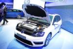 Das konzipierte Brennstoffzellensystem hat laut Unternehmen eine Antriebsleistung von 100 kW und beschleunigt in 10,0 Sekunden auf 100 km/h.