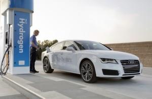 Audi A7 Sportback h-tron quattro und Honda FCV Concept mit Brennstoffzellenantrieb