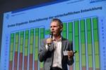 Moderator Stefan Zügner präsentierte die Häuptlinge der zwölf Bike-Stämme.