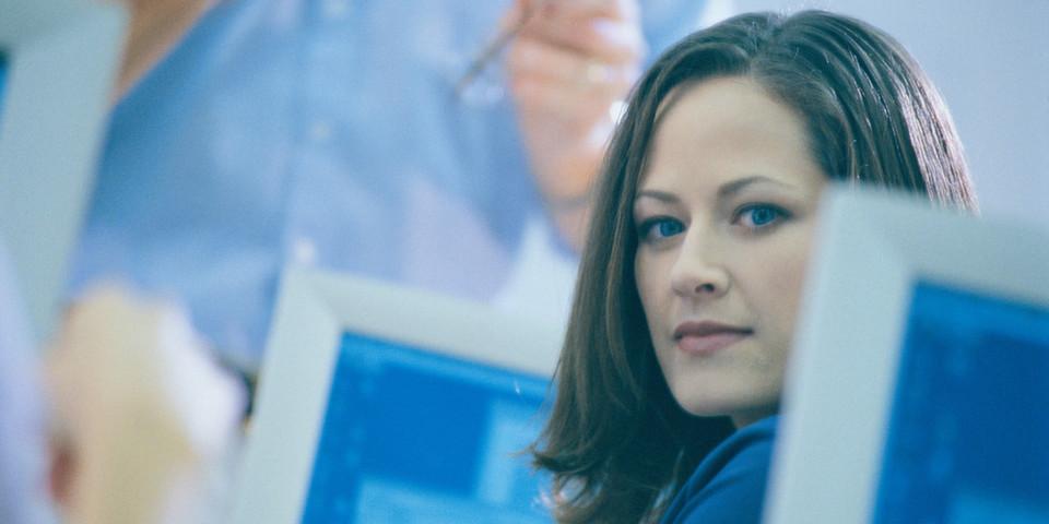 Der Anteil weiblicher Arbeitskräfte in der Informationstechnik stagniert seit Jahren.
