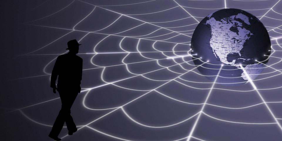Fortinet hat sich mit der Frage befasst, welche Herausforderungen und Gefahren im neuen Jahr auf Firmennetze zukommen.