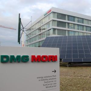 Das Global Headquarter von DMG Mori in der Schweiz bietet Büroflächen für 250 Mitarbeiter. Derzeit sind 180 Mitarbeiter beschäftigt.