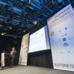 Bernd Strebel von Digitec präsentiert Praxisbeispiele zur Implementierung von UCS.