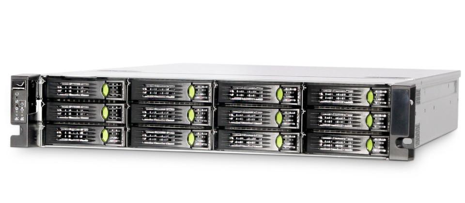 Der erste Storage-Server S1212M von Grafenthal misst zwei Höheneinheiten und läuft mit Software von Microsoft sowie Open-E.