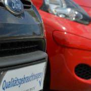 Kunden sollten sich die AGB beim Gebrauchtwagenkauf genau durchlesen.