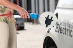 Elektromobilität hat Zukunft: Bosch rechnet damit, dass im Jahr 2025 rund 15 Prozent aller weltweit gebauten Neufahrzeuge mindestens einen Hybrid-Antrieb haben.